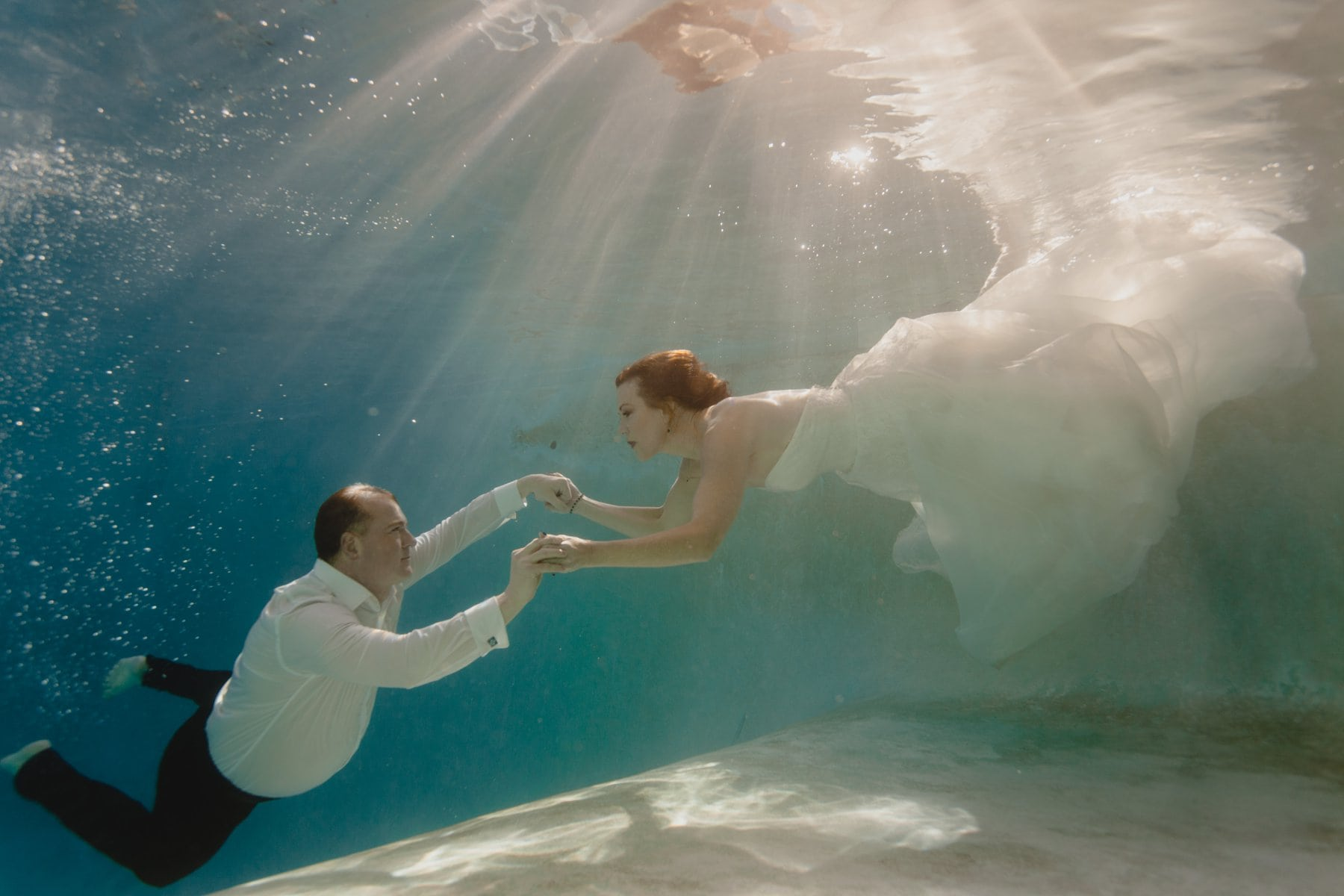 underwater elopement photos Phoenix