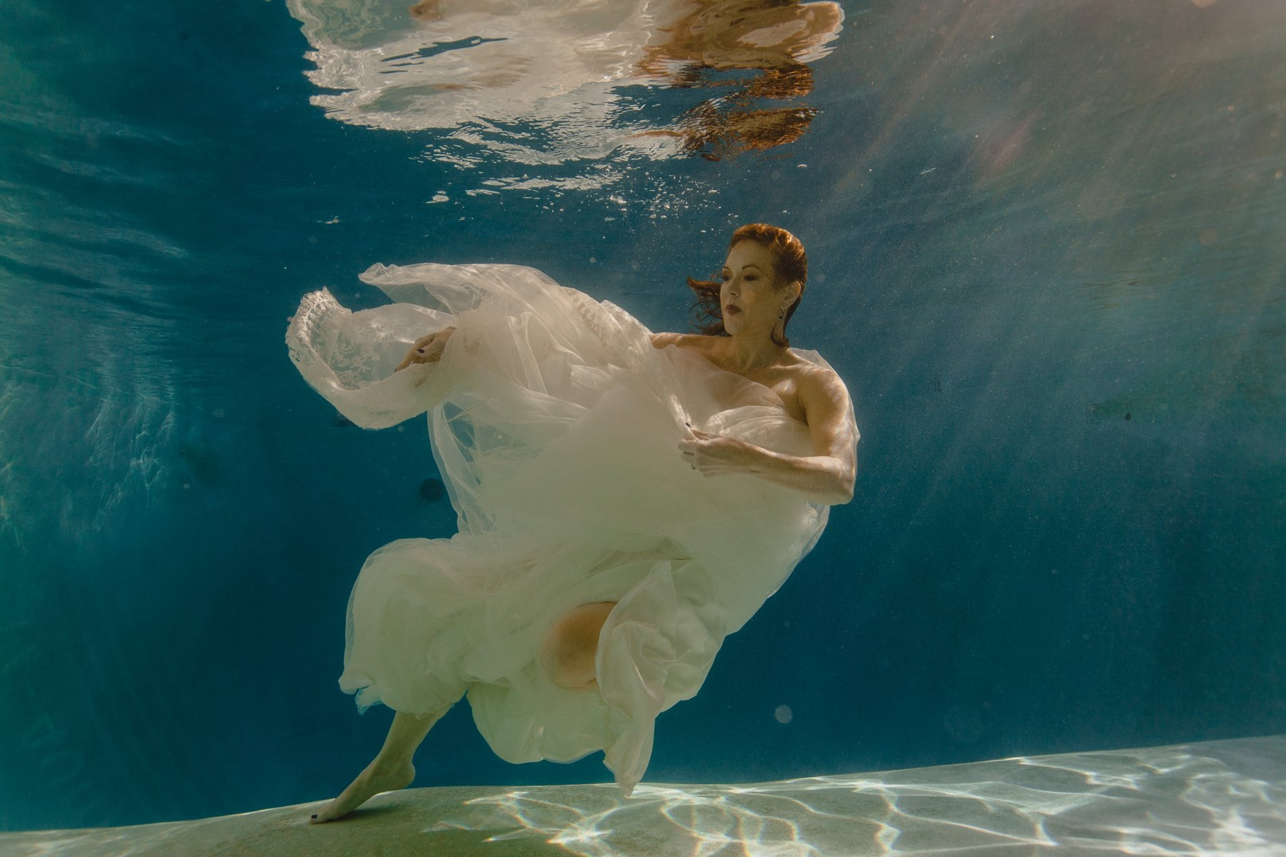 underwater wedding trash the dress photos