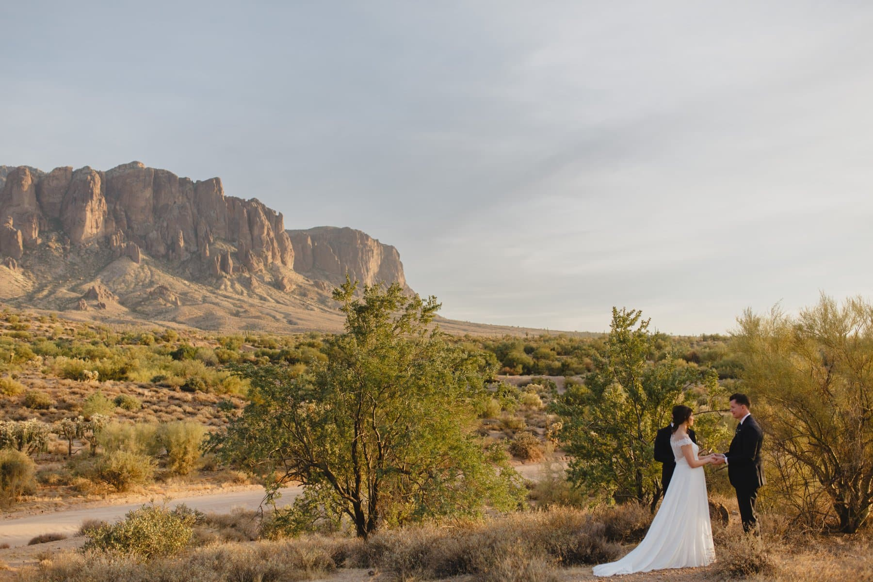 beautiful Arizona desert and mountains elopement location