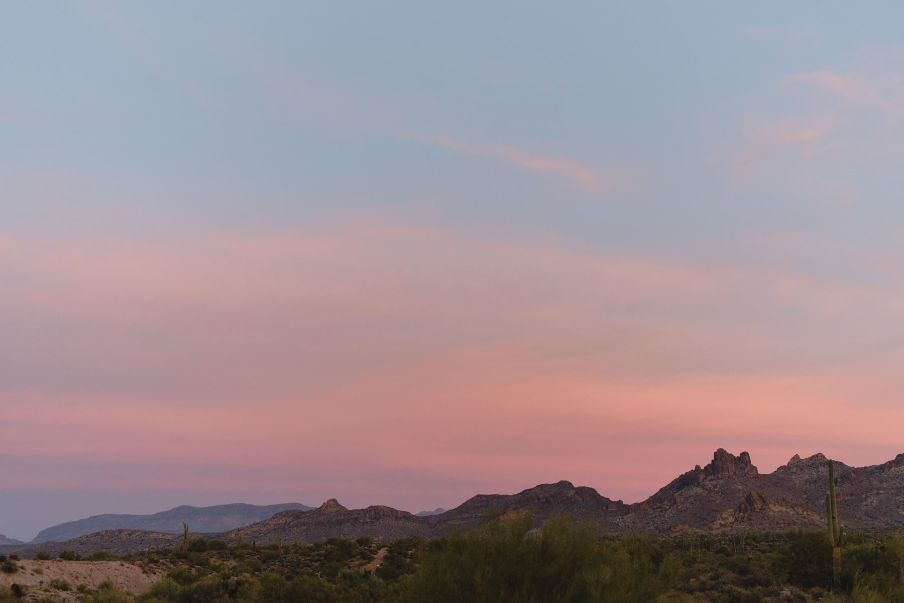 beautiful elopement location Superstition Mountains at sunset