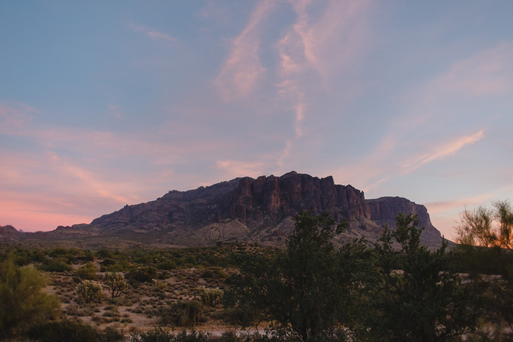 beautiful elopement location Arizona Superstition Mountains at sunset