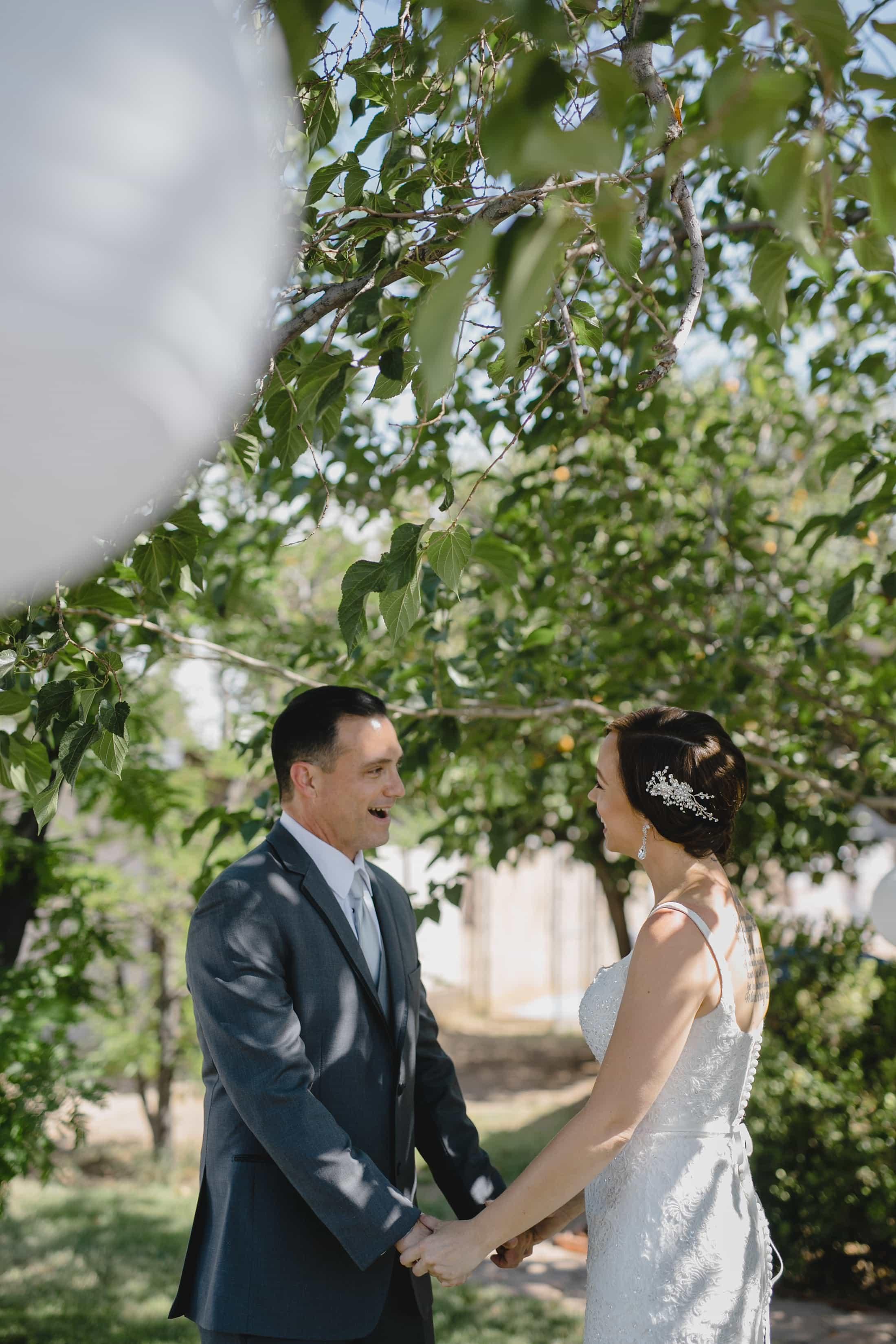 candid natural wedding photos Phoenix