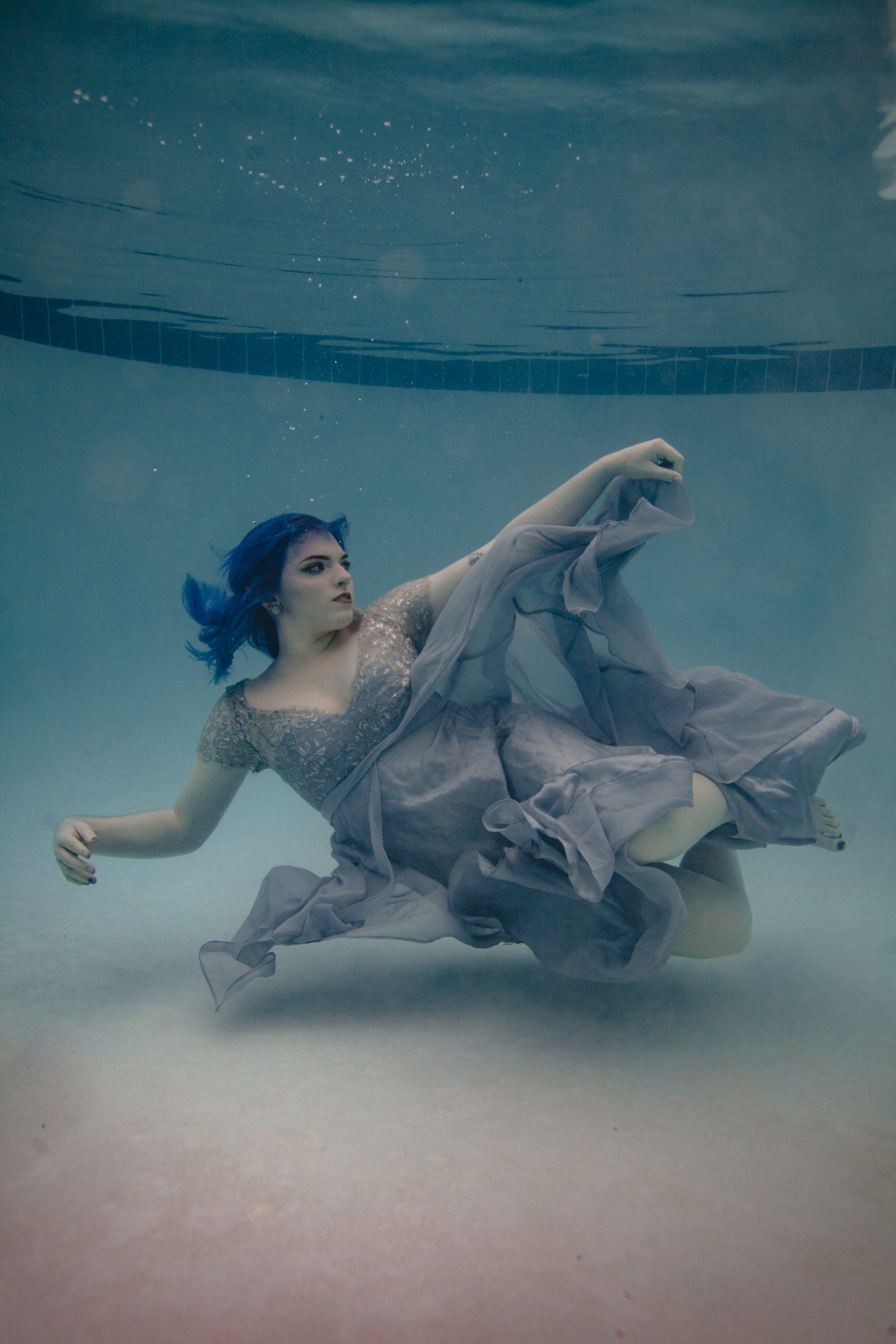 underwater senior photos
