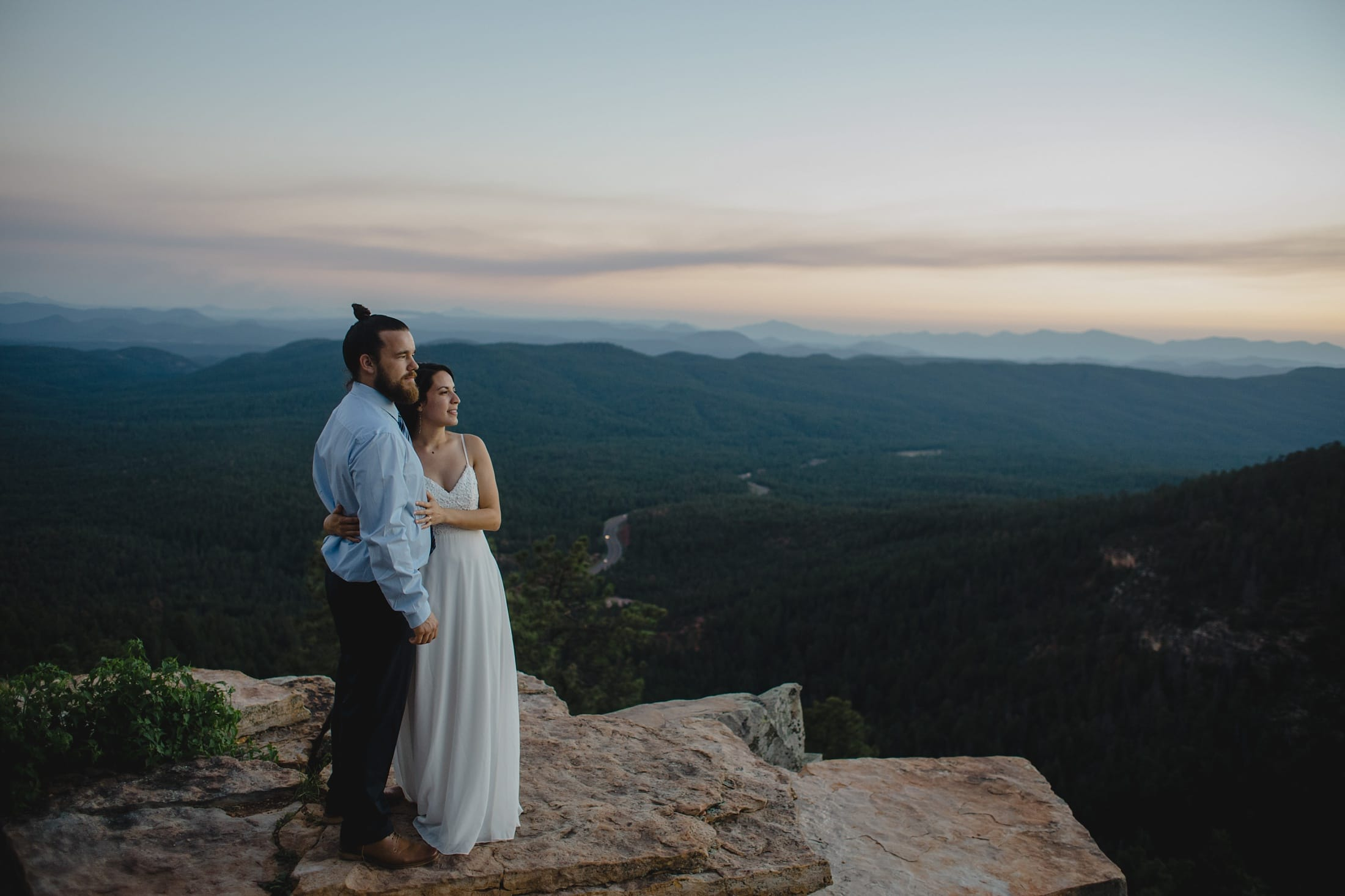 Mogollon Rim elopement at sunset