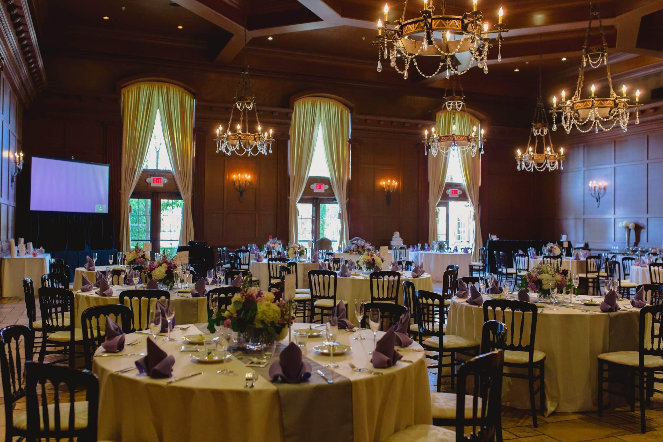 Villa Siena indoor reception ballroom